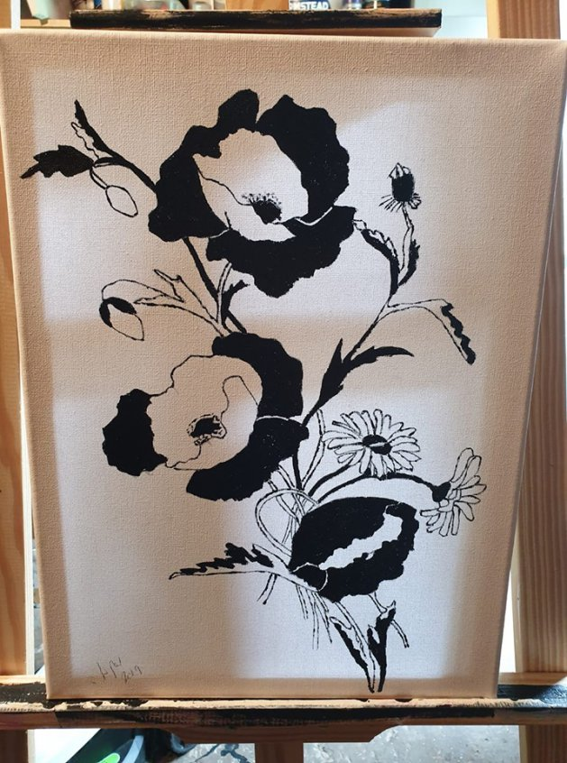 Black & white poppy\'s. Original art by William Pow